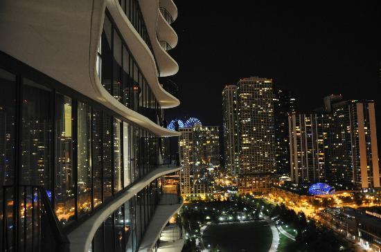 Chicago-Aqua4